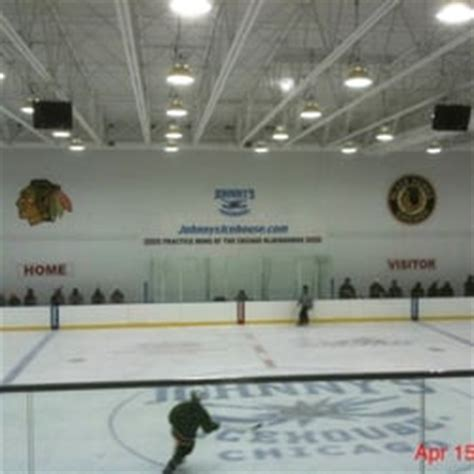 johnnys ice house johnny s icehouse east skating rinks near west side chicago il reviews