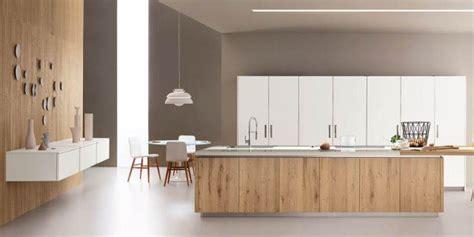 cucine a vista sul soggiorno cucina con l isola il modello ideale a vista sul