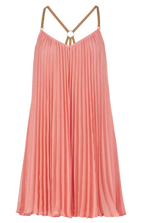 Sleeveless Pleated Dress cayanne sleeveless pleated dress
