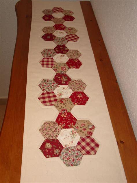 patchwork caminos de mesa camino de mesa quot jardin de abuela quot camino de mesa