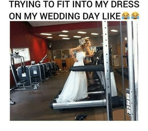 Black Girl Wedding Dress Meme - trying to fit into my dress on my wedding day like