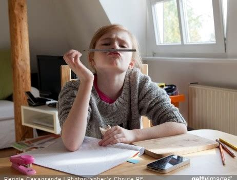comment organiser mon bureau comment organiser le coin bureau de mon enfant