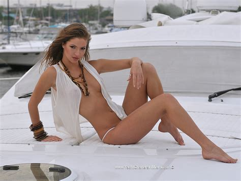 boat woman song photo shoot and music videos in miami affordable and fun