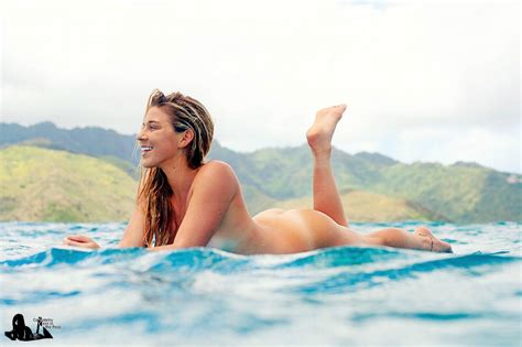 coco ho united states of america page 32 celebrity feet in the