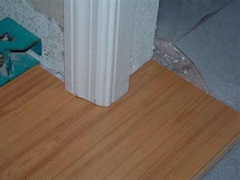 laminate flooring door jamb laminate flooring