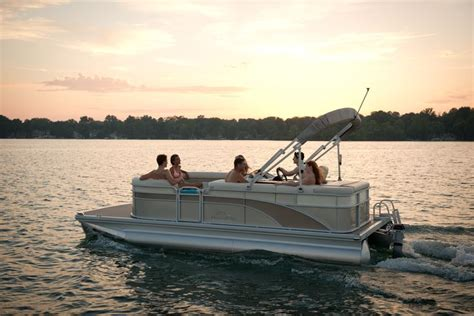 best pontoon boat manufacturers 2015 61 best images about 2015 bennington pontoon boat models