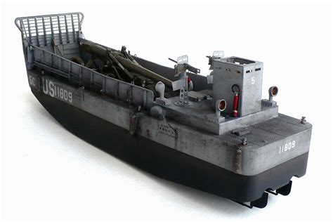 Trumpeter Model 1 35 Ww2 Usn Lcm Crew Scale Hobby 00408 P0408 the great canadian model builders web page wwii us navy