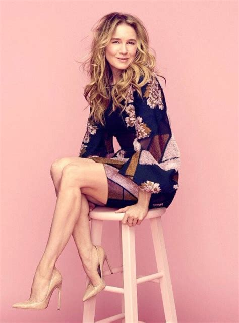 hollywood actress legs renee zellweger stylish actress with great legs in high