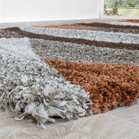 teppich hochflor braun shaggy hochflor teppich wohnzimmer welle in beige braun
