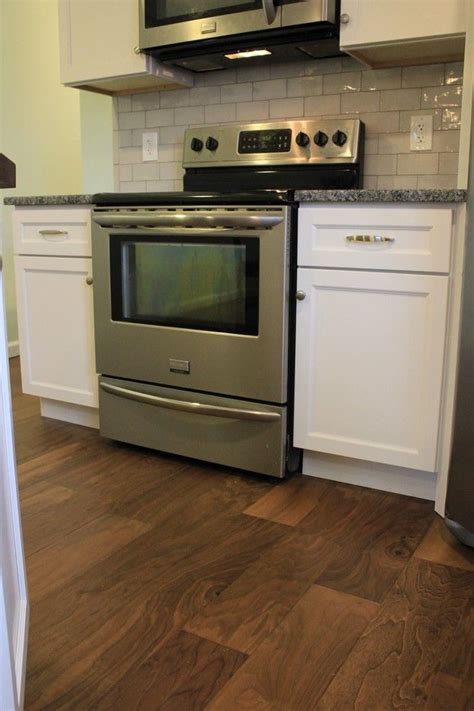 mastercraft kitchen cabinets mastercraft cabinets for a transitional kitchen with a