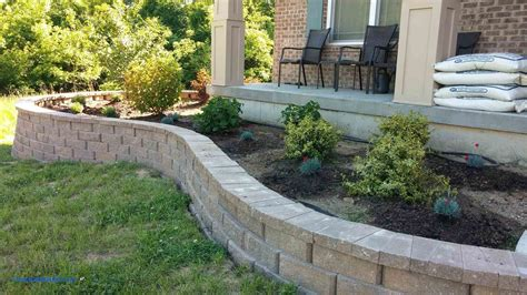 Backyard Retaining Wall Ideas Awesome Landscaping Block Garden Block Wall Ideas