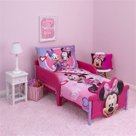 Minnie Mouse Toddler Bedding by Disney Minnie Hearts Bows 4 Toddler