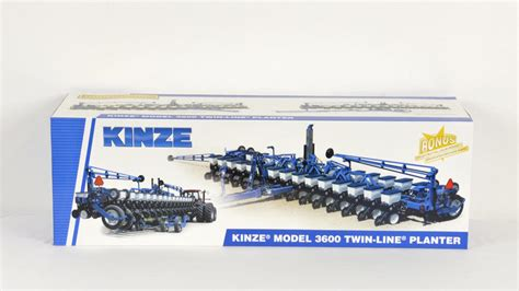 Kinze Planter Toys by Kinze Model 3600 Line Planter M213 The