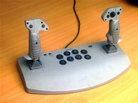 mwo forums differentiate controller analog sticks