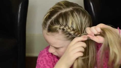 how to i french plait my own side hair how to french braid your own hair into pigtails youtube