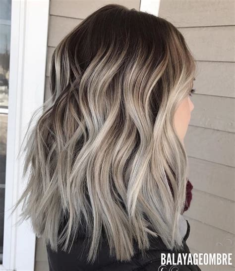 Medium Hairstyles For Of Color by 10 Medium Layered Hairstyles In Beige Brown Ash