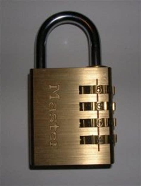 retrouver code cadenas ouvert comment trouver le code d un cadenas 4 chiffres
