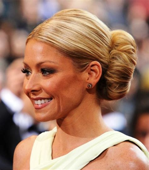 how to get kelly ripa hair curl pictures of kelly ripa voluminous bun hairstyle