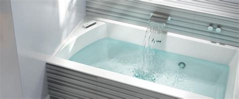 therapeutic bathtub 17 best images about 3 wall bathtubs on pinterest traditional bathroom kingston and