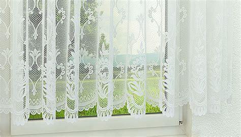 Gardinen Im Fenster by Gardinen Und Vorh 228 Nge Im Raumtextilienshop