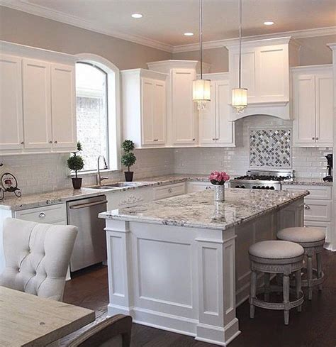 Granite For White Kitchen Cabinets Best 25 White Kitchen Cabinets Ideas On Pinterest