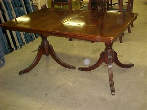48 mahogany duncan phyfe dining table lot 1048