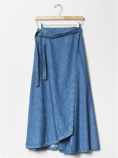 gap 1969 denim wrap skirt in blue medium indigo lyst