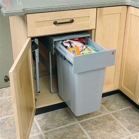 Kitchen Cabinet Trash Bin by