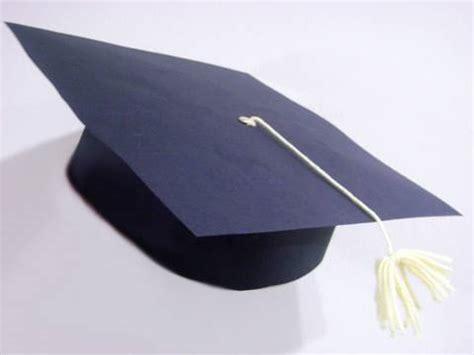 como hacer gorros de graduacion manualidades escolares birrete o sombrero de graduaci 243 n
