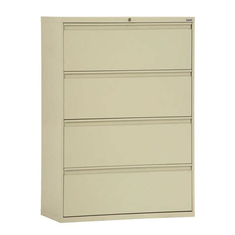 Sandusky 800 Series 30 In W 4 Drawer Full Pull Lateral 30 Lateral File Cabinet