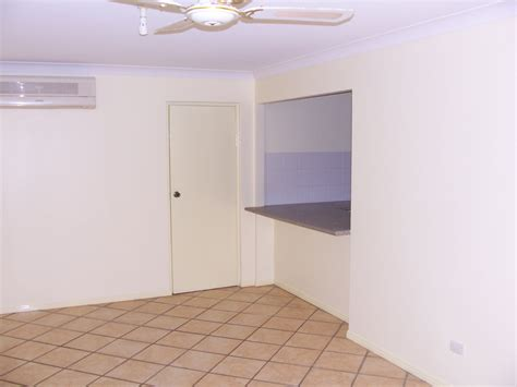 painting interior walls interior painting residential 03 gold coast painters