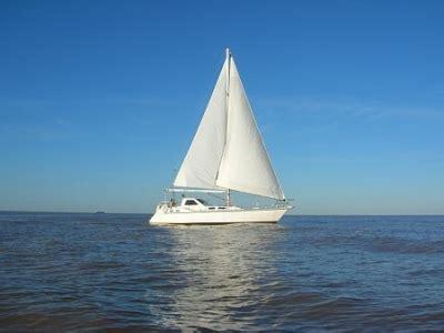 un barco velero cargado de ron e viaje y e recibimiento published by deagol83 on day