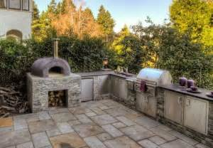 Outdoor kitchens 12 quot delicious quot designs to drool over
