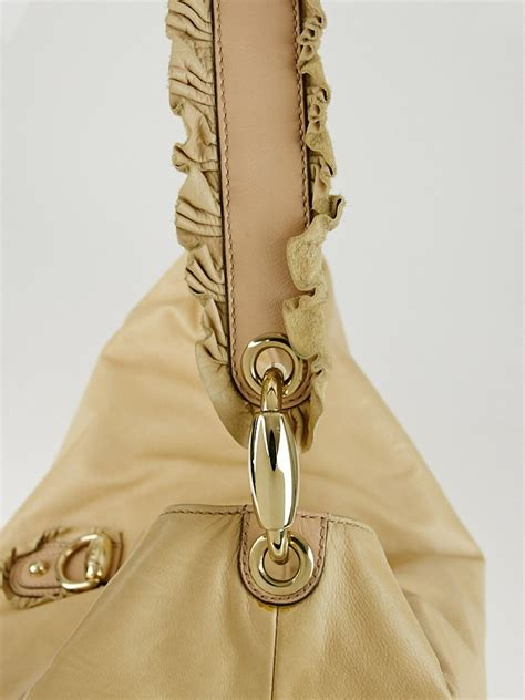 Gucci Safiano 9885 4 gucci beige leather sabrina large hobo bag yoogi s closet