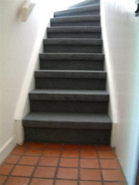 treppen teppiche teppich strauch f 252 r behagliches wohnen treppen