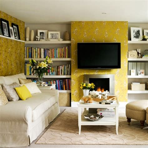 Place Family Room by Reasons To Use Yellow For A Home