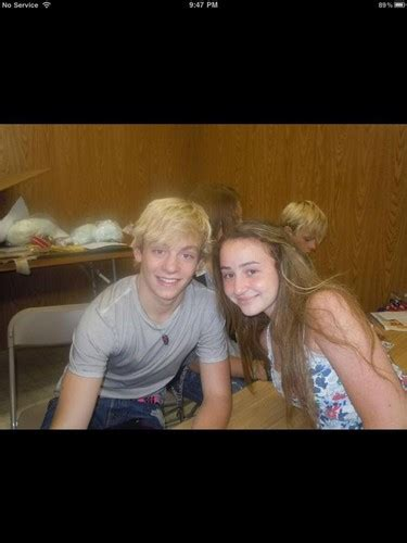 ross lynch fan club fansite with photos videos and more ross with fans ross lynch austin photo 32146859 fanpop