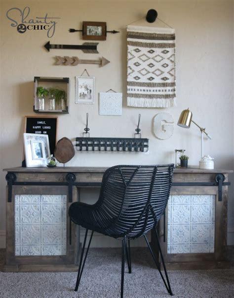 Diy Desk From Door Diy Sliding Barn Door Desk Shanty 2 Chic