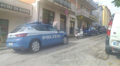 ufficio postale vigonza ancona rapinatori con le pistole assaltano le poste