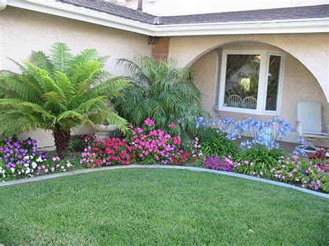 Cheap And Easy Garden Ideas Cheap Pretty Landscaping Ideas Home Interior Design