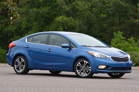 2014 Kia Review 169 Automotiveblogz 2014 Kia Forte Review Photos