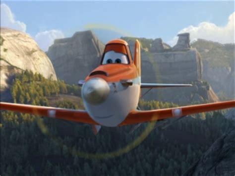 patrick warburton planes 2 planes fire and rescue patrick warburton on his