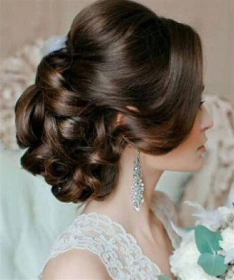 Soft Pin Up Hairstyles by 17 Best Images About Beautiful Updos On