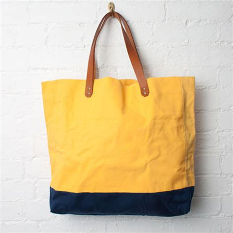 utile canvas tote bag the carry