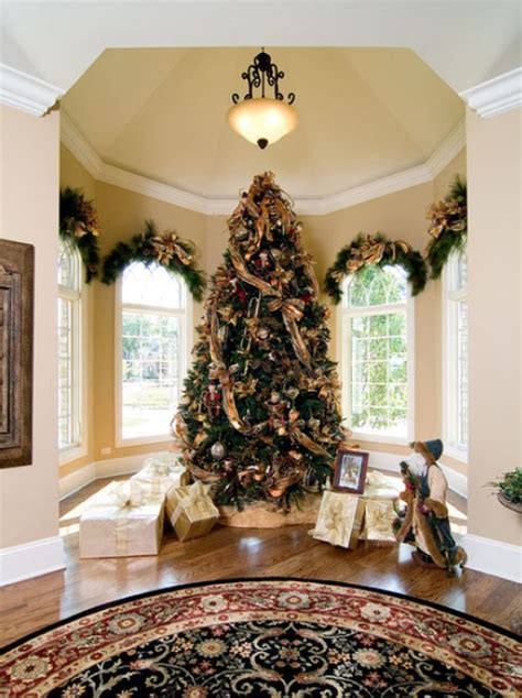 best holiday decorating ideas houzz 5 ways to decorate with pine boughs