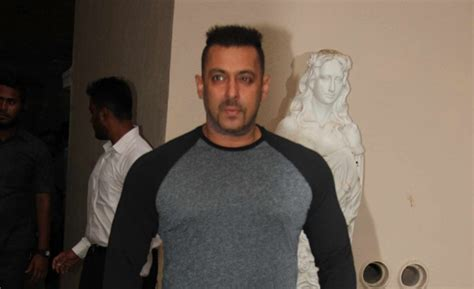 T Shirt Distro Keep Moving Conspirahy Edition salman khan s remark sultan finds supporters