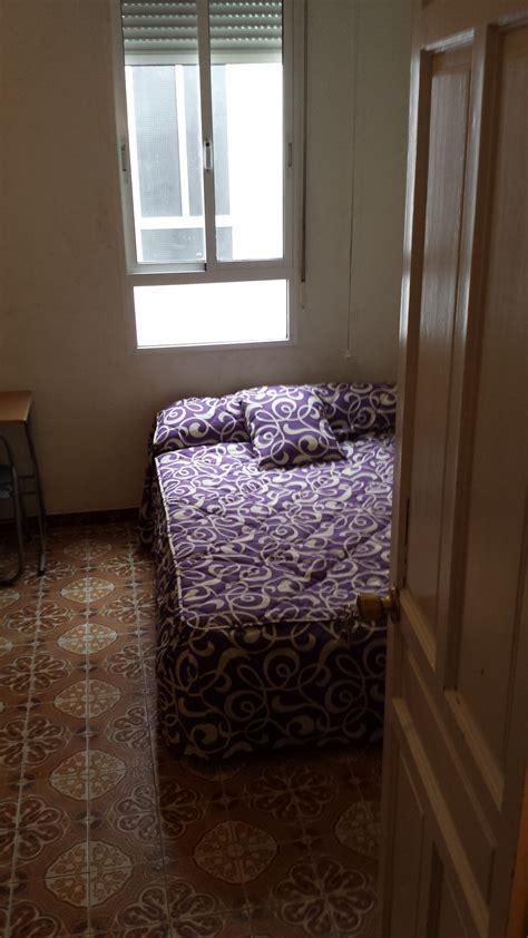pisos en el centro de alicante soleada habitaci 243 n individual en lio piso en el centro