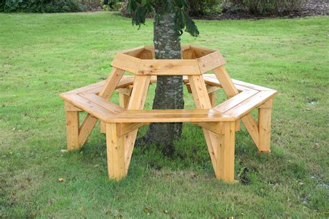 bench around tree outdoor tabel and benchs norleg