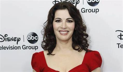 katharine capsella nigella kitchen island by chelsea nigella lawson sizzles in in exclusive look images