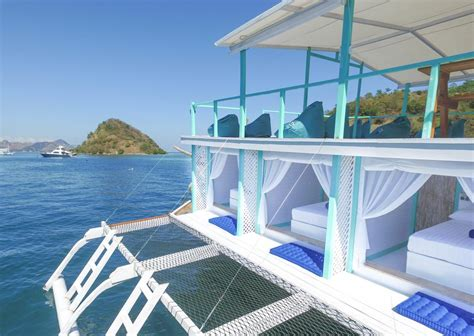 le pirate boatel floating hotel labuan bajo updated